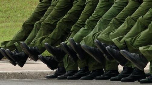 botas_marcha_militar